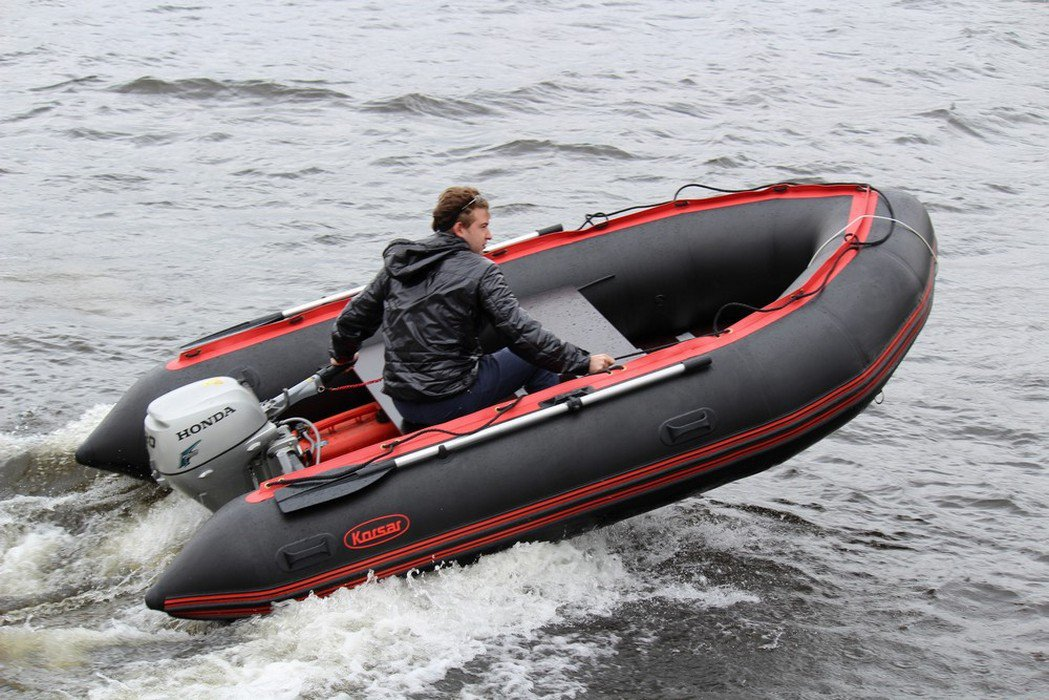 банка лодки корсар